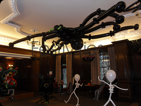 Giant Balloon Spider