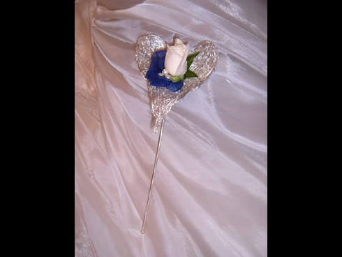 sophisticated bridesmaid heart sceptre